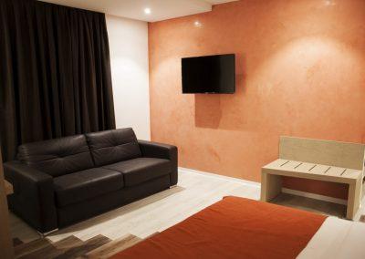 SV Chrome Deluxe Room