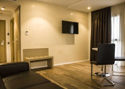 Suite_Sitting_Room_2